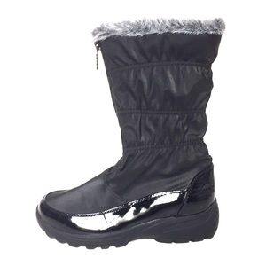 Totes black women winter boots size 6